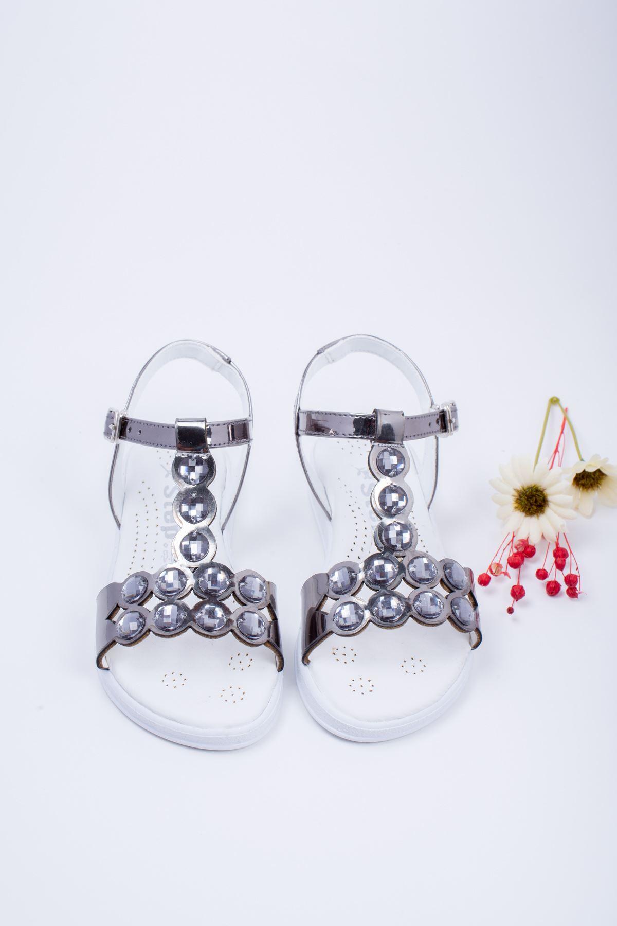 Taşlı Platin Çocuk Sandalet