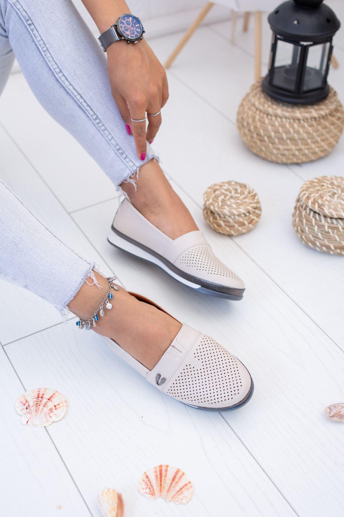 Ortopedik İçi Deri Krem Ayakkabı
