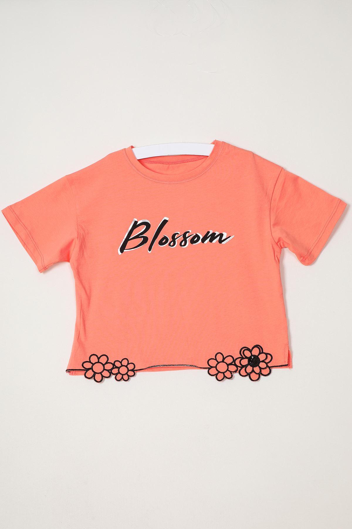 Baskılı Çiçek Nakışlı T-shirt