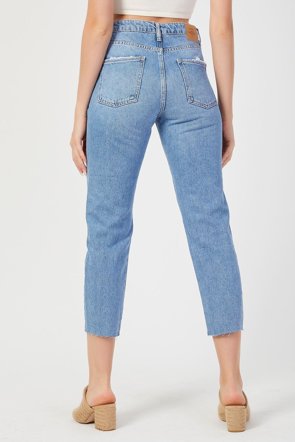 Paça Yıpratmalı Yüksek Bel Mom Jeans Kot Pantolon