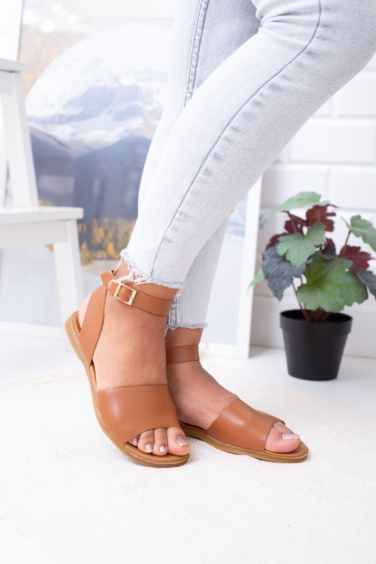 Bilekten Bağlamalı Tüm Yüz Sandalet