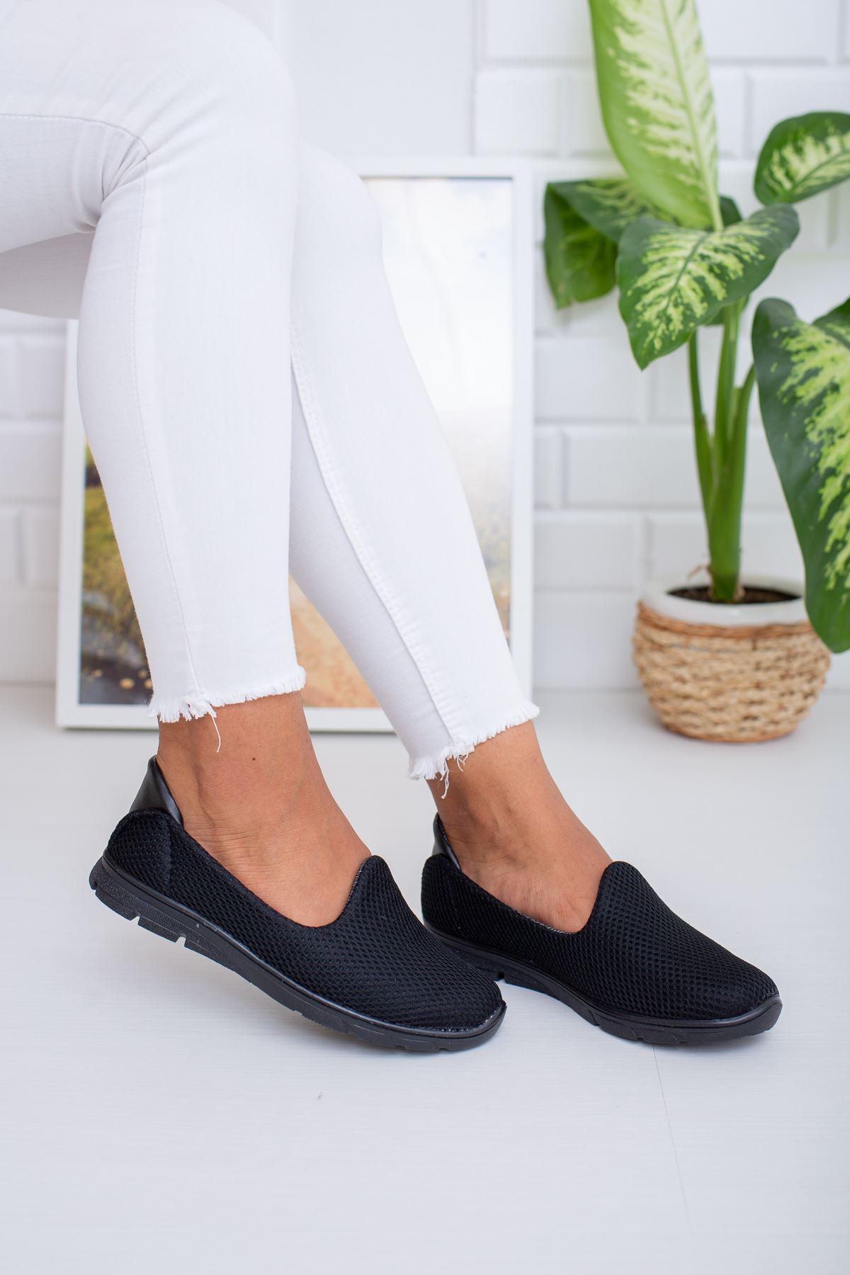 Fileli Siyah Yürüyüş Ayakkabısı