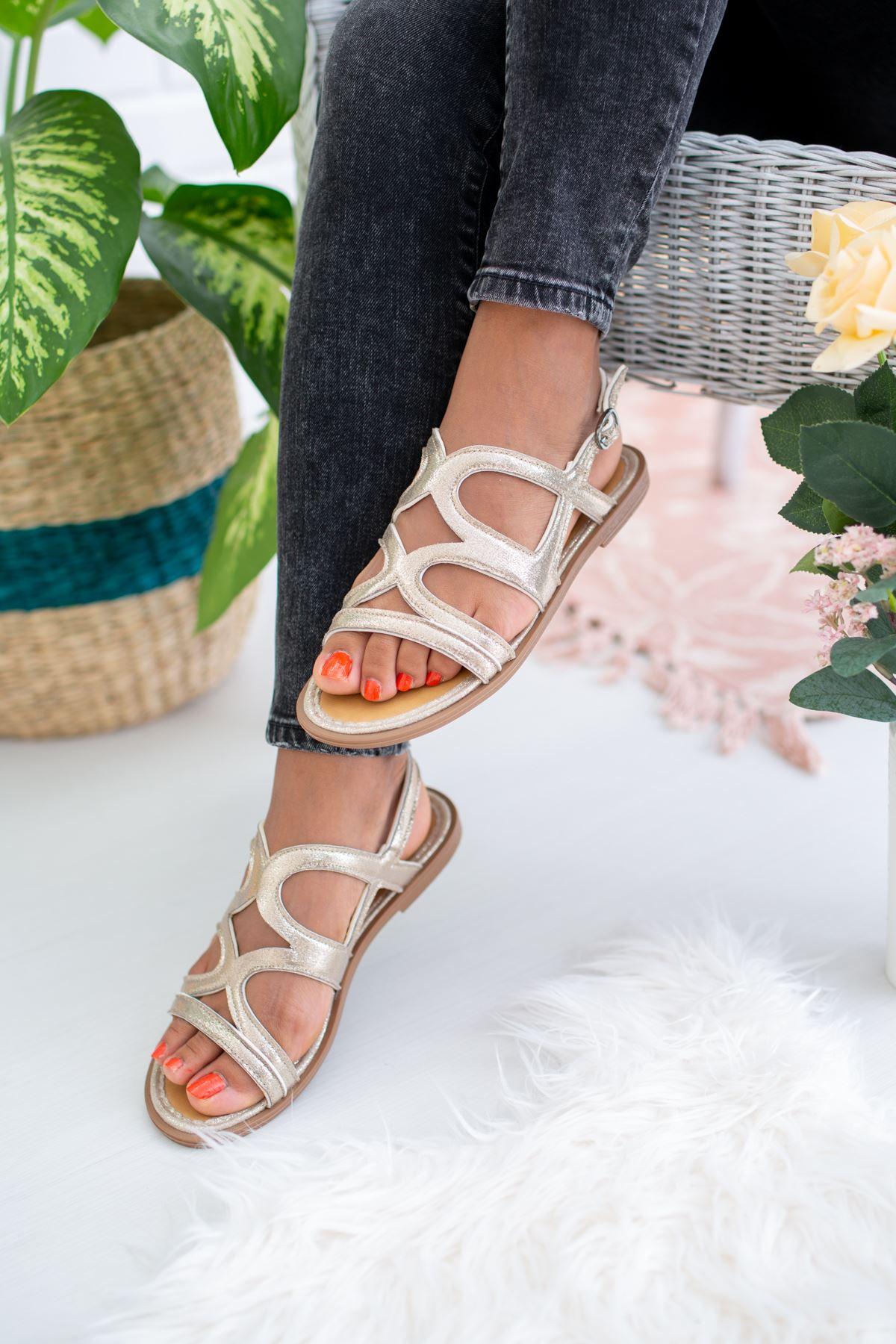 Çapraz Bant Gümüş Sandalet