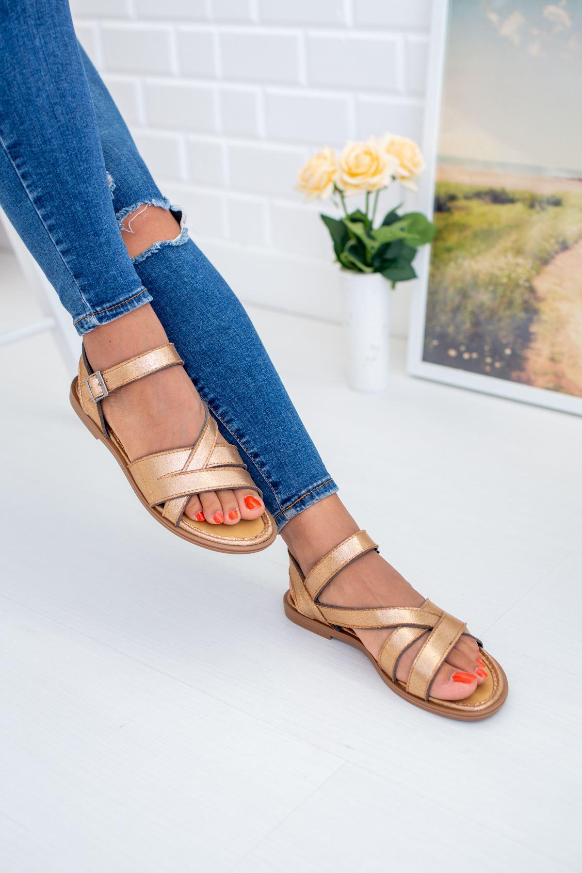 Çapraz Geçmeli Bakır Sandalet