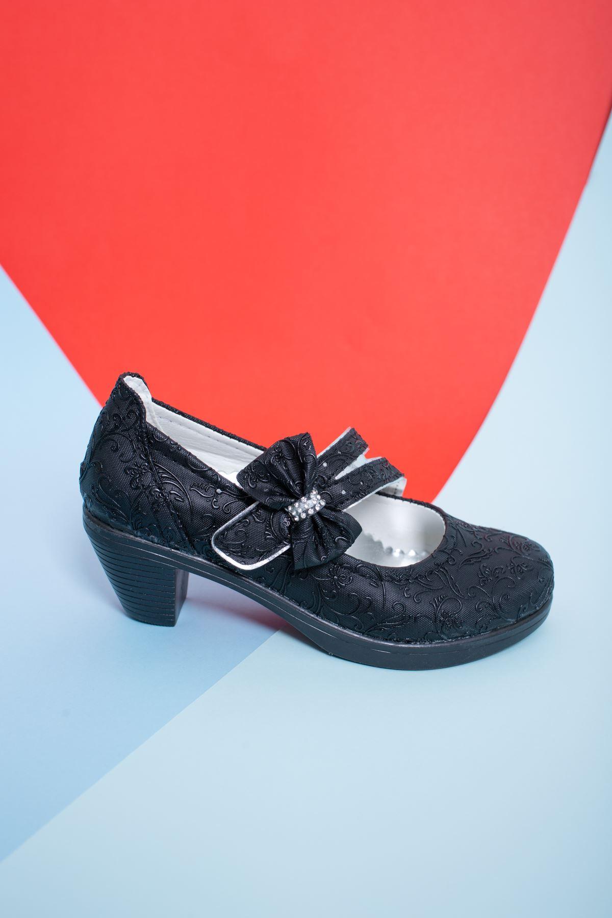 Topuklu Siyah Sarmaşık Kız Çocuk Ayakkabı