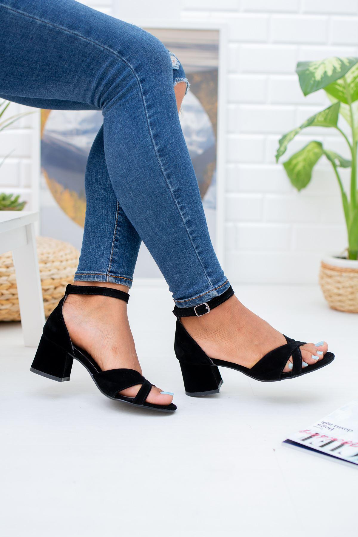 Çapraz Bant 5'lik Platform Siyah Süet Ayakkabı