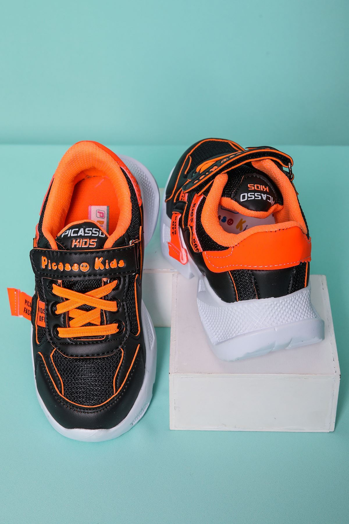 Turuncu Garnili Çocuk Spor Ayakkabı