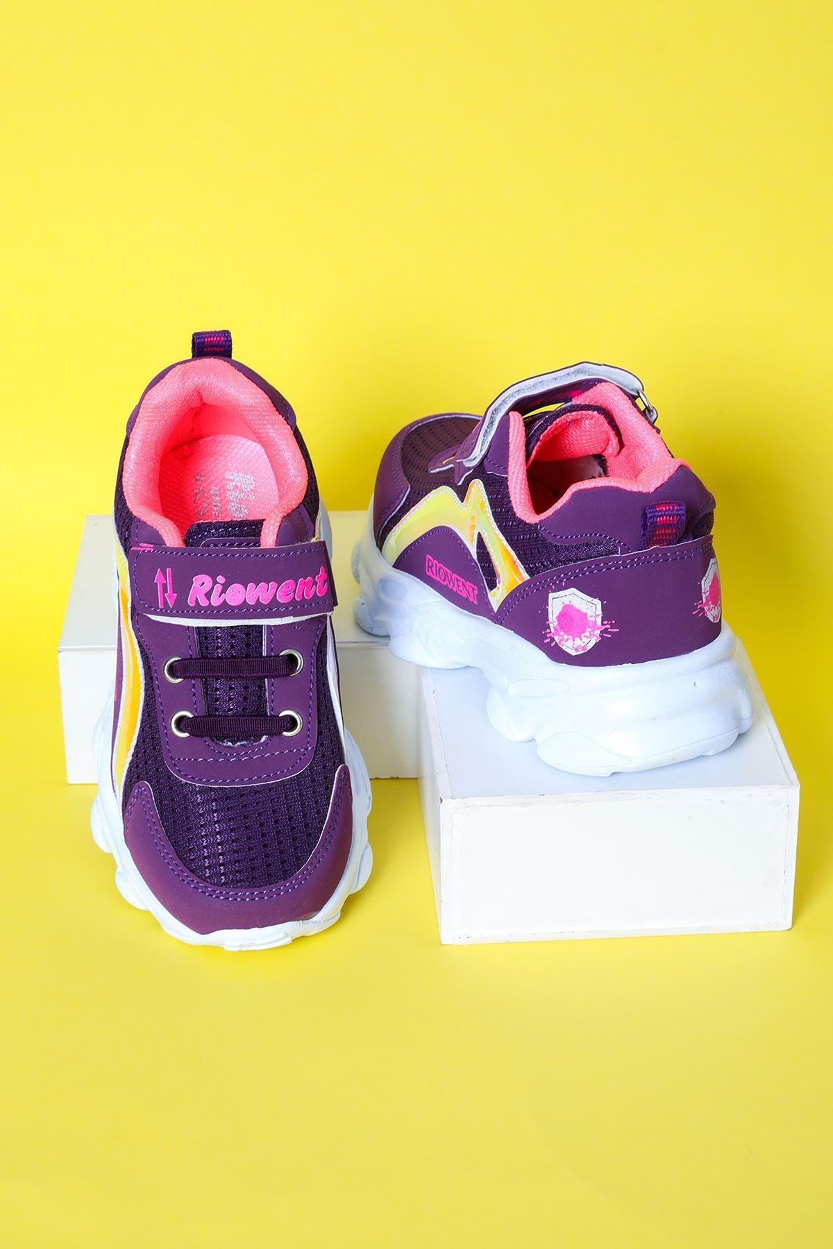 Pembe Garnili Çocuk Spor Ayakkabı