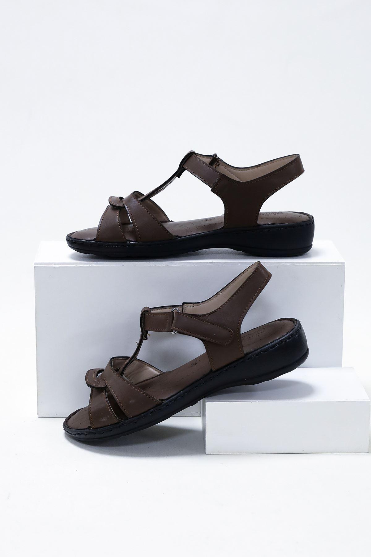 Çift Bant Direkli Kahverengi Ortopedik Sandalet