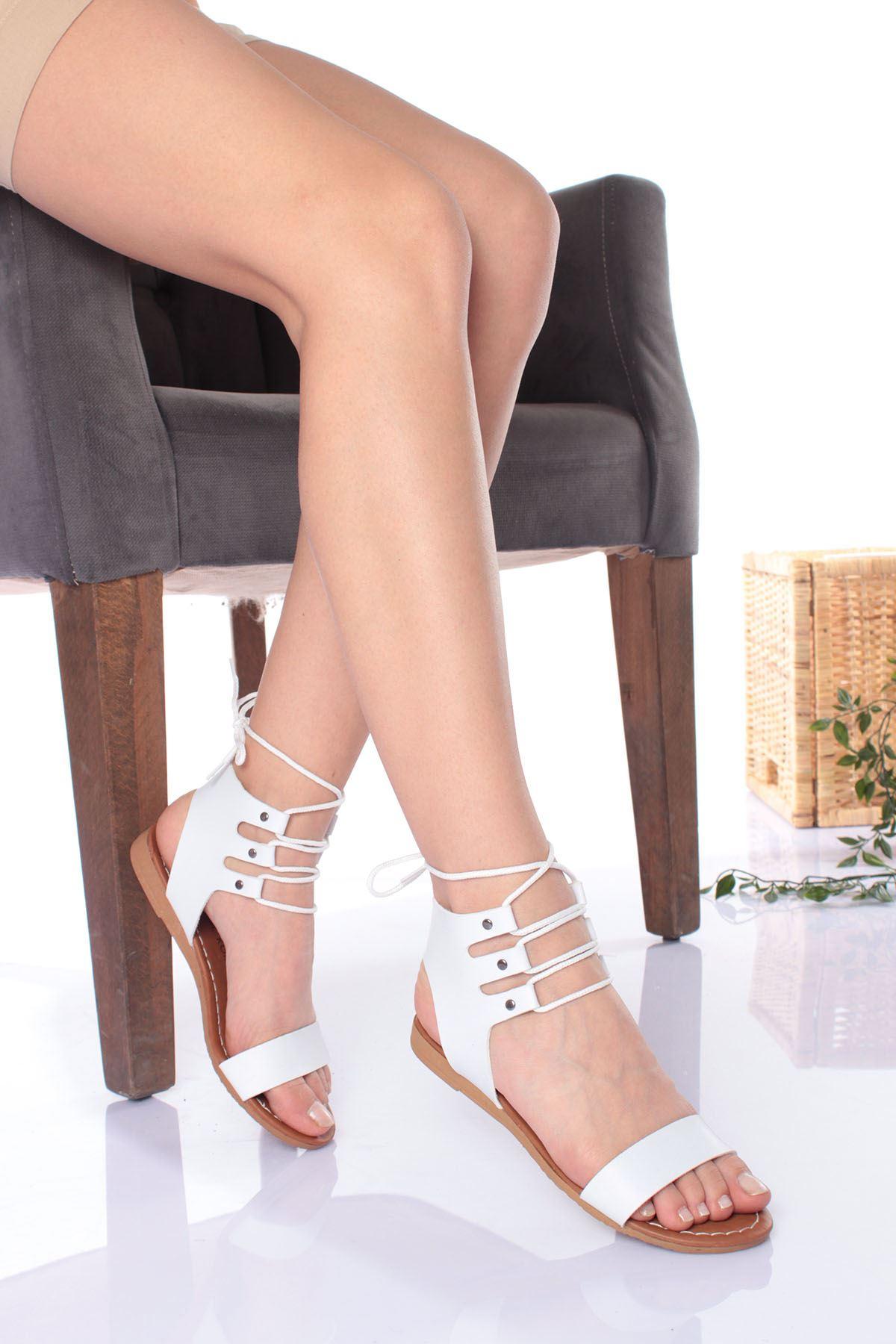 Tek Bant Bilekten Bağlamalı Beyaz Cilt Kadın Sandalet