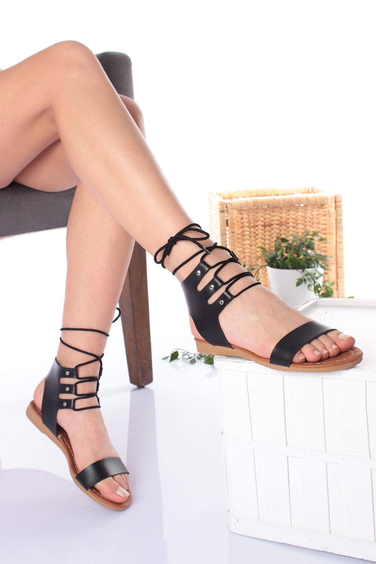 Tek Bant Bilekten Bağlamalı Siyah Cilt Kadın Sandalet