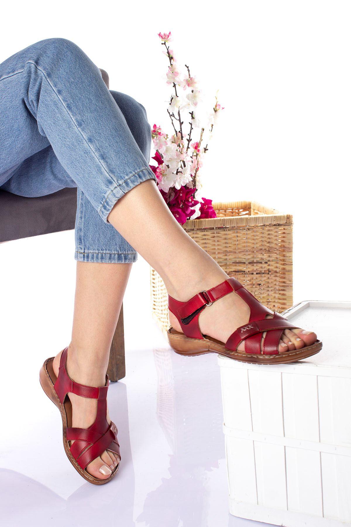 Ortopedik Ped İçi Deri Alçak Taban Kırmızı Sandalet