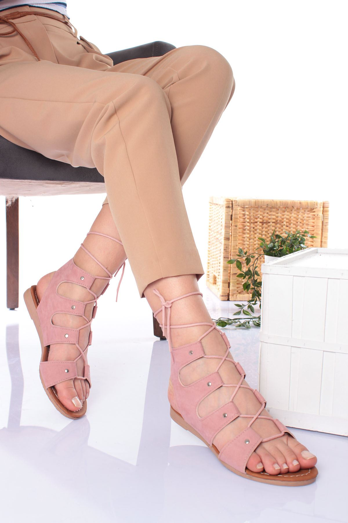 Tümden Bağlamalı Pudra Süet Kadın Sandalet