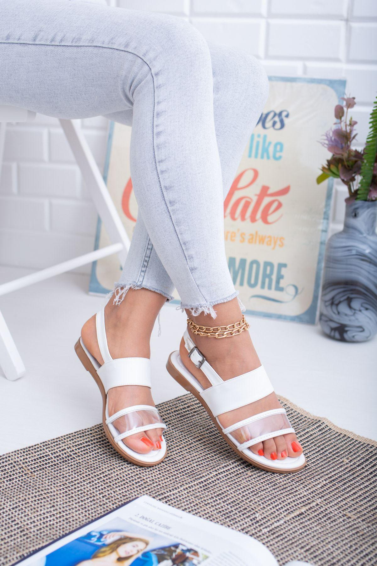 Şeffaf Beyaz Sandalet