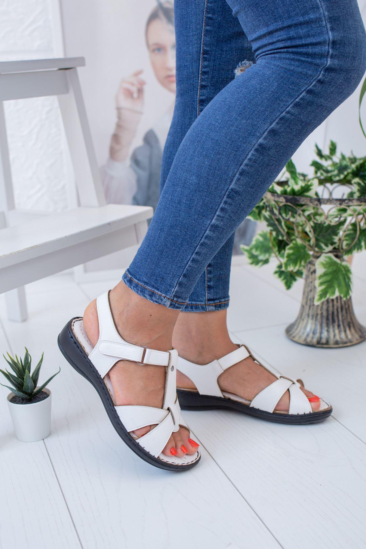 Çapraz Direkli Model Ortopedik Beyaz Sandalet