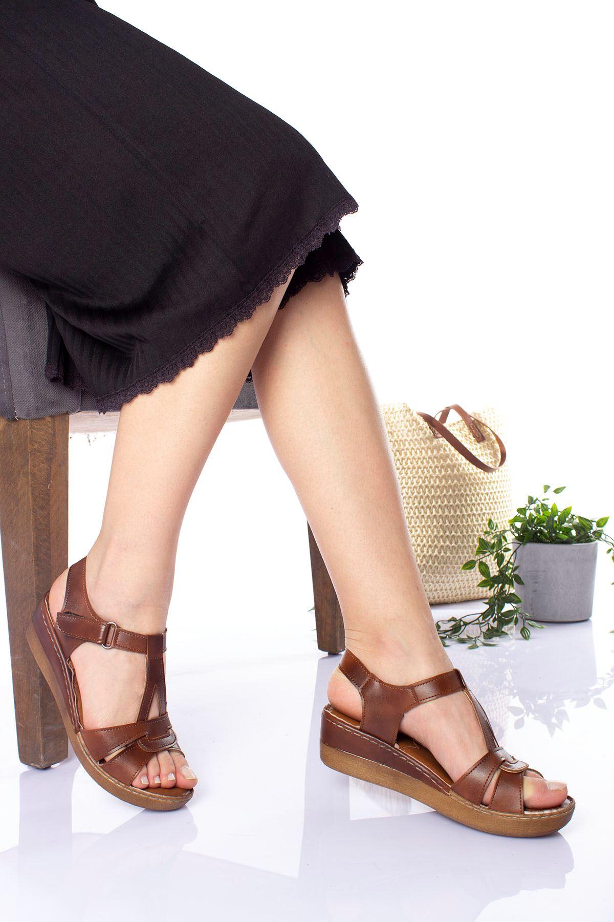 Ortopedik Ped İçi Deri Orta Taban Kahverengi Sandalet