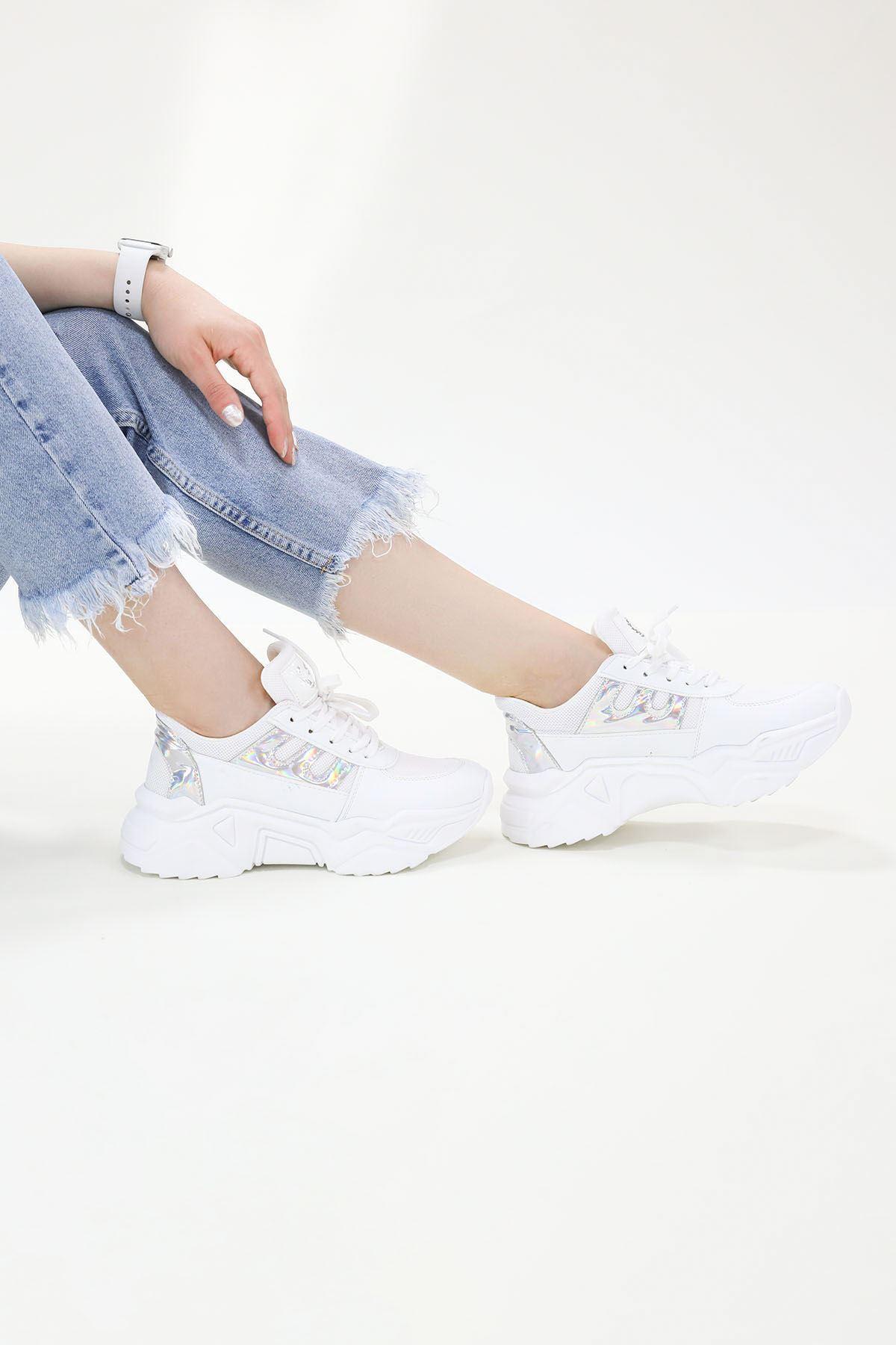 Lumi Beyaza Gümüş Spor Ayakkabı