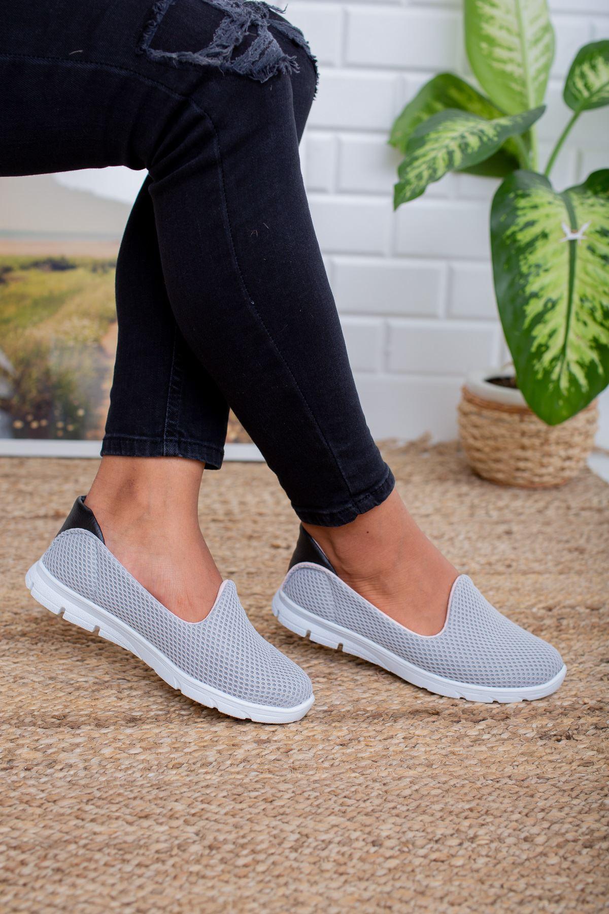 Gri Yürüyüş Ayakkabısı