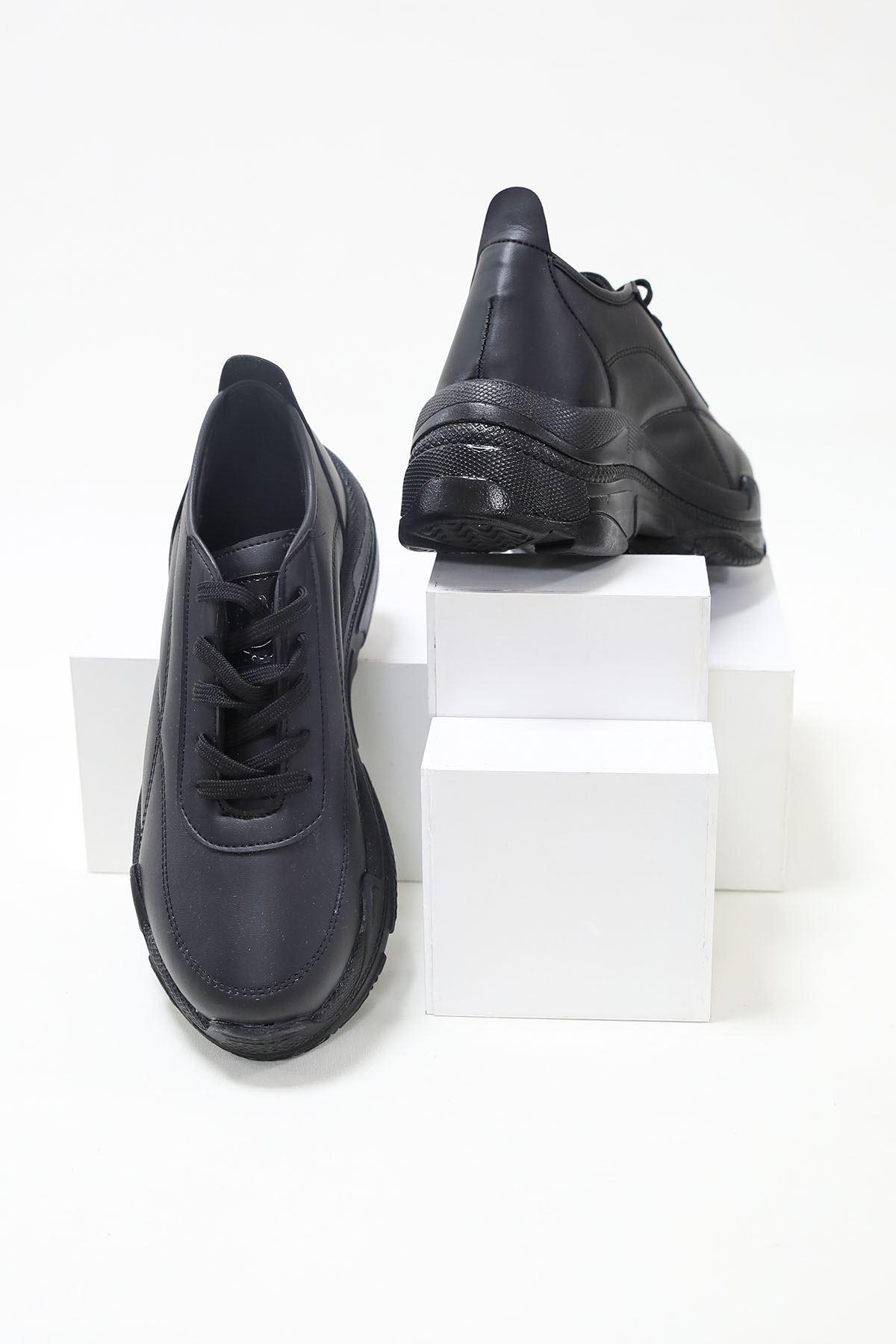 Loic Siyah Cilt Spor Ayakkabı
