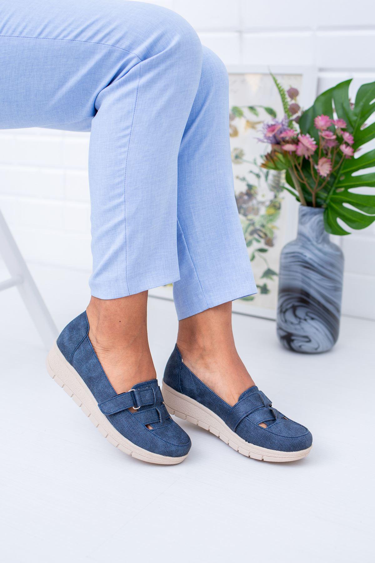 Dolgu Taban Cırtlı Ortopedik Pedli Lacivert Ayakkabı
