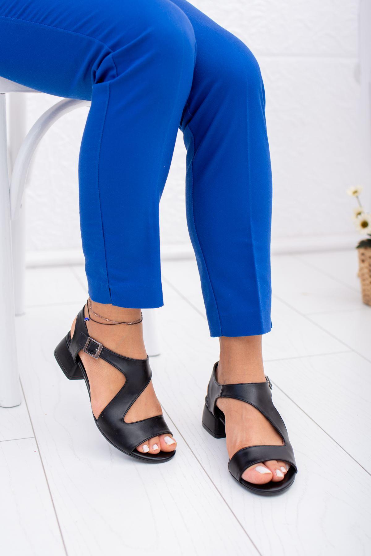 Yan Detaylı Cilt Ayakkabı