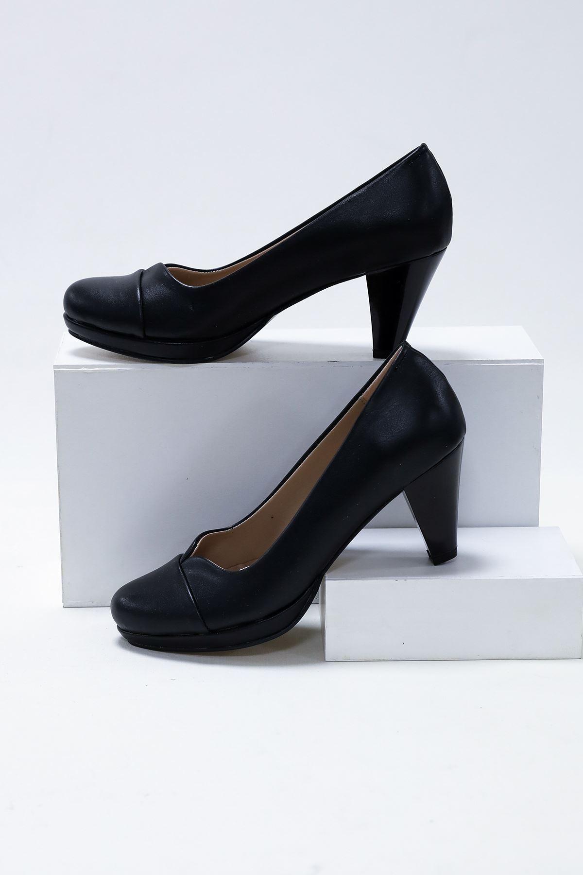 10'luk Platform V Model Siyah Cilt Ayakkabı
