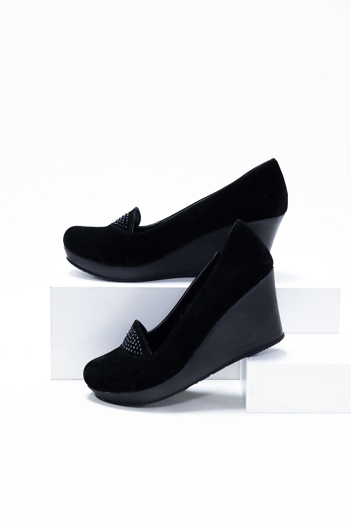 Dolgu Taban Dili Taşlı Ayakkabı