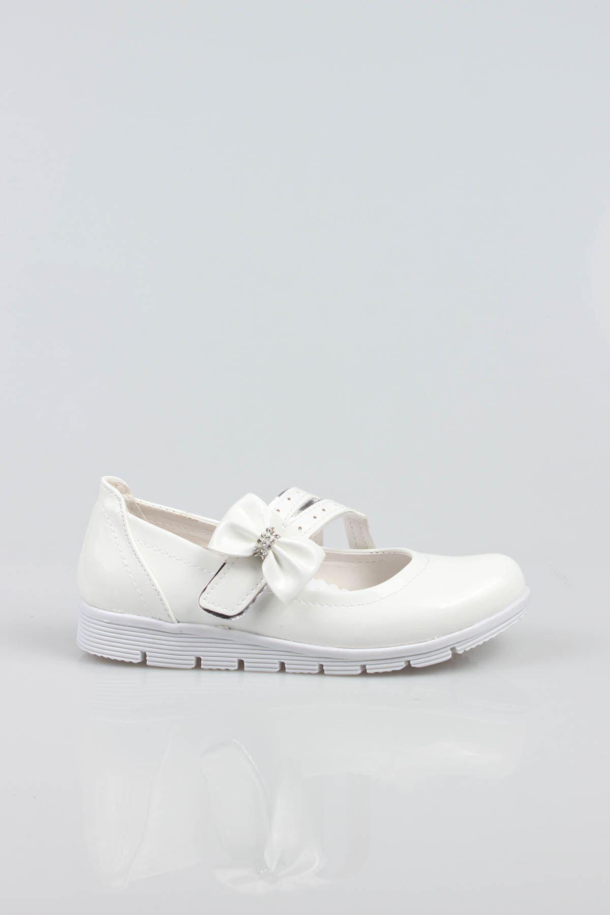 Termo Taban Çatallı Fiyonklu Beyaz Rugan Kız Çocuk Ayakkabı