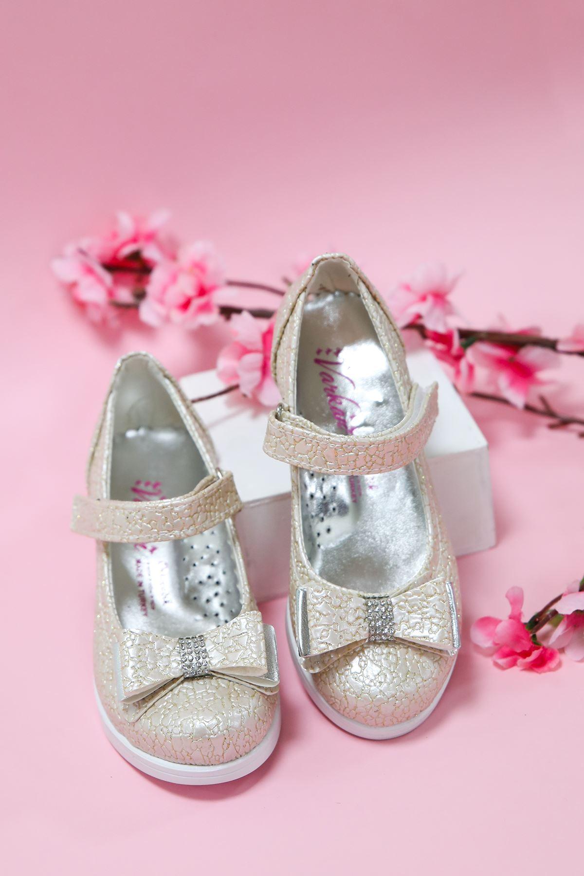 Topuklu Altın Çatlak Kız Çocuk Ayakkabı