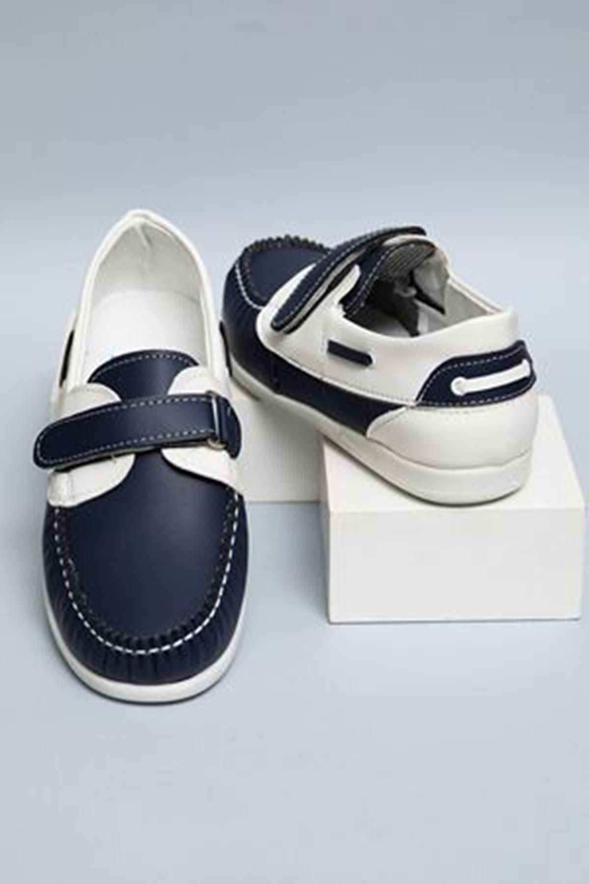 Laciverte Beyaz Garnili Cırtlı Erkek Çocuk Ayakkabı