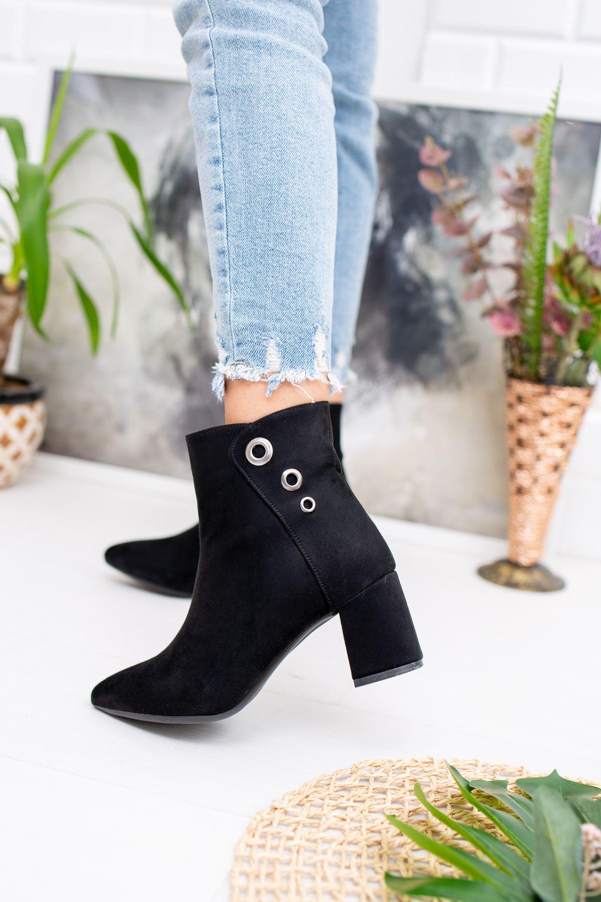 Topuklu Siyah Süet Bot