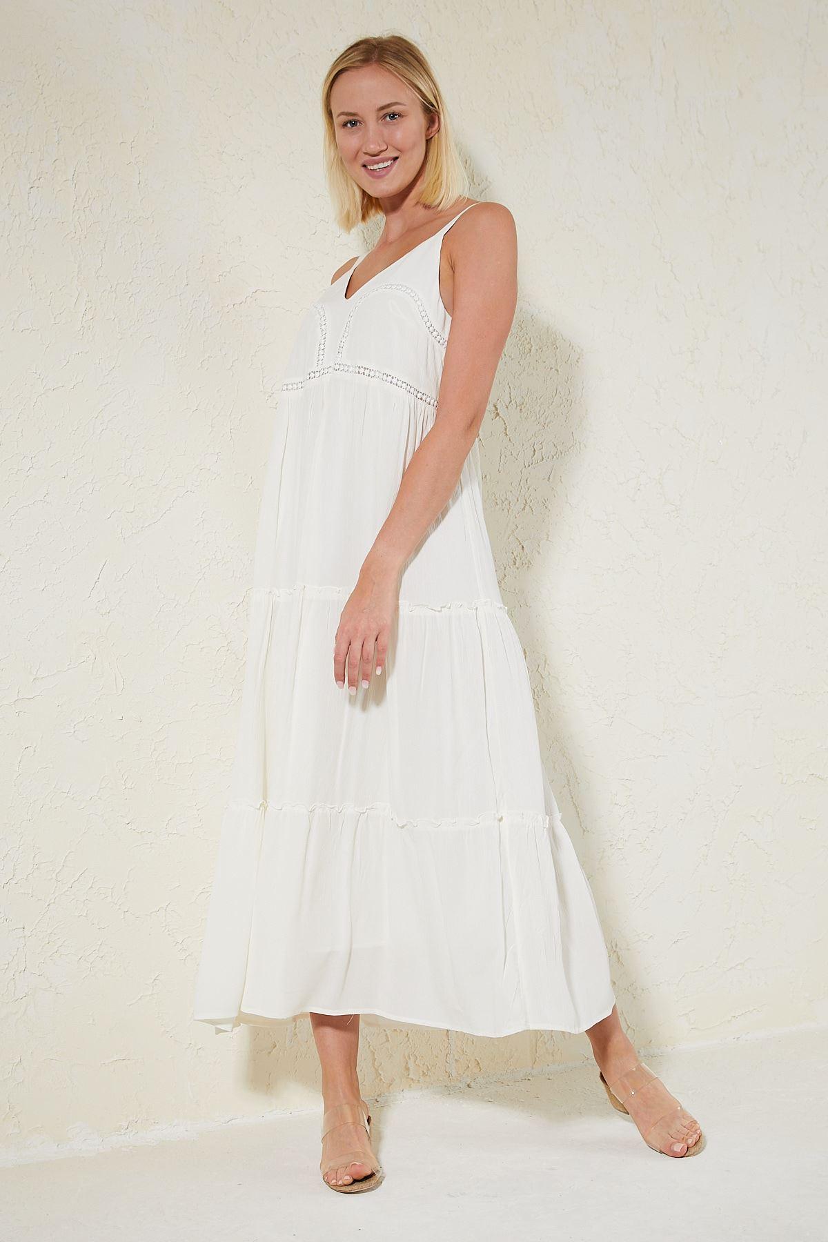 İşlemeli Askılı Elbise