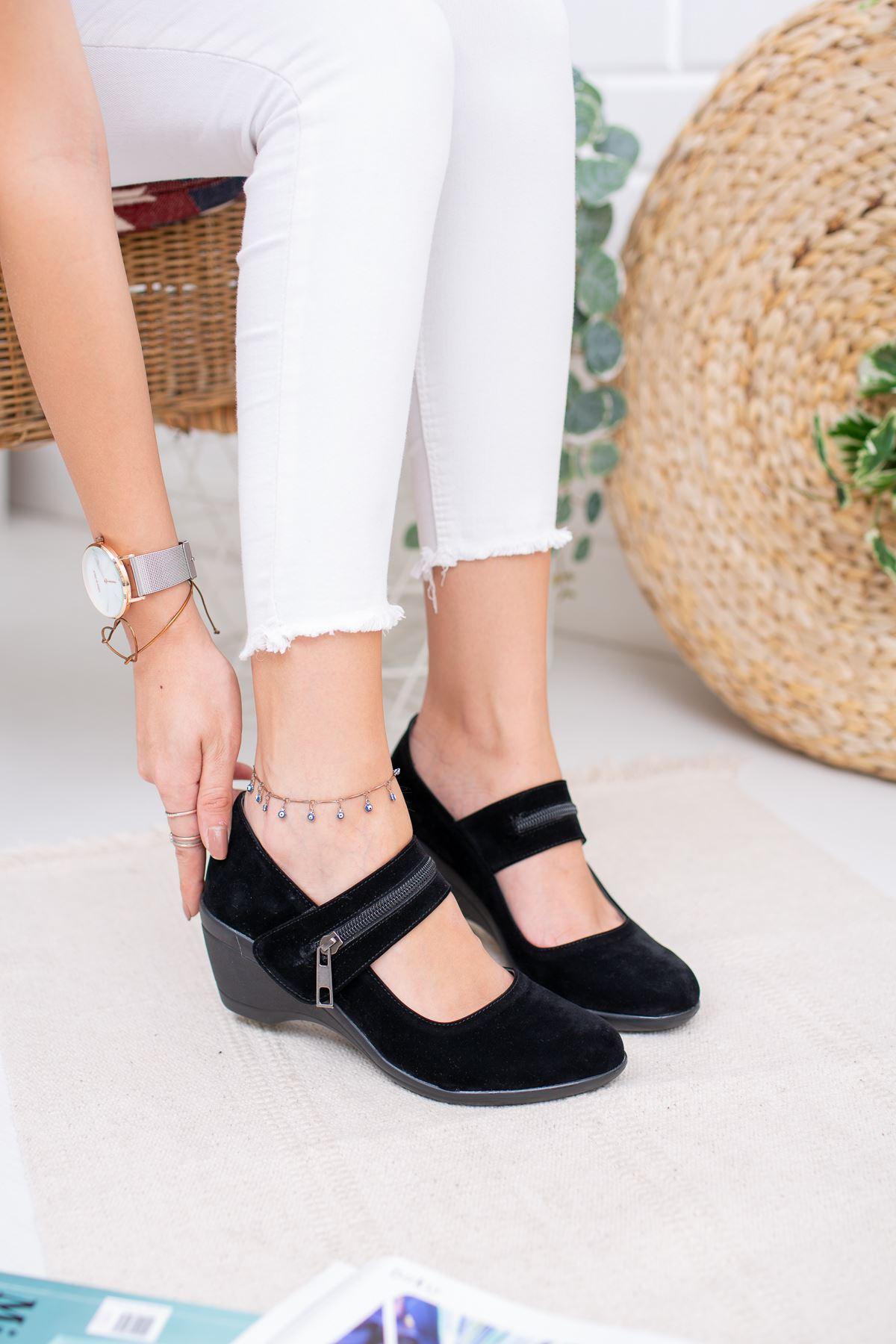 Dolgu Taban Fermuar Detaylı Kadın Ayakkabı