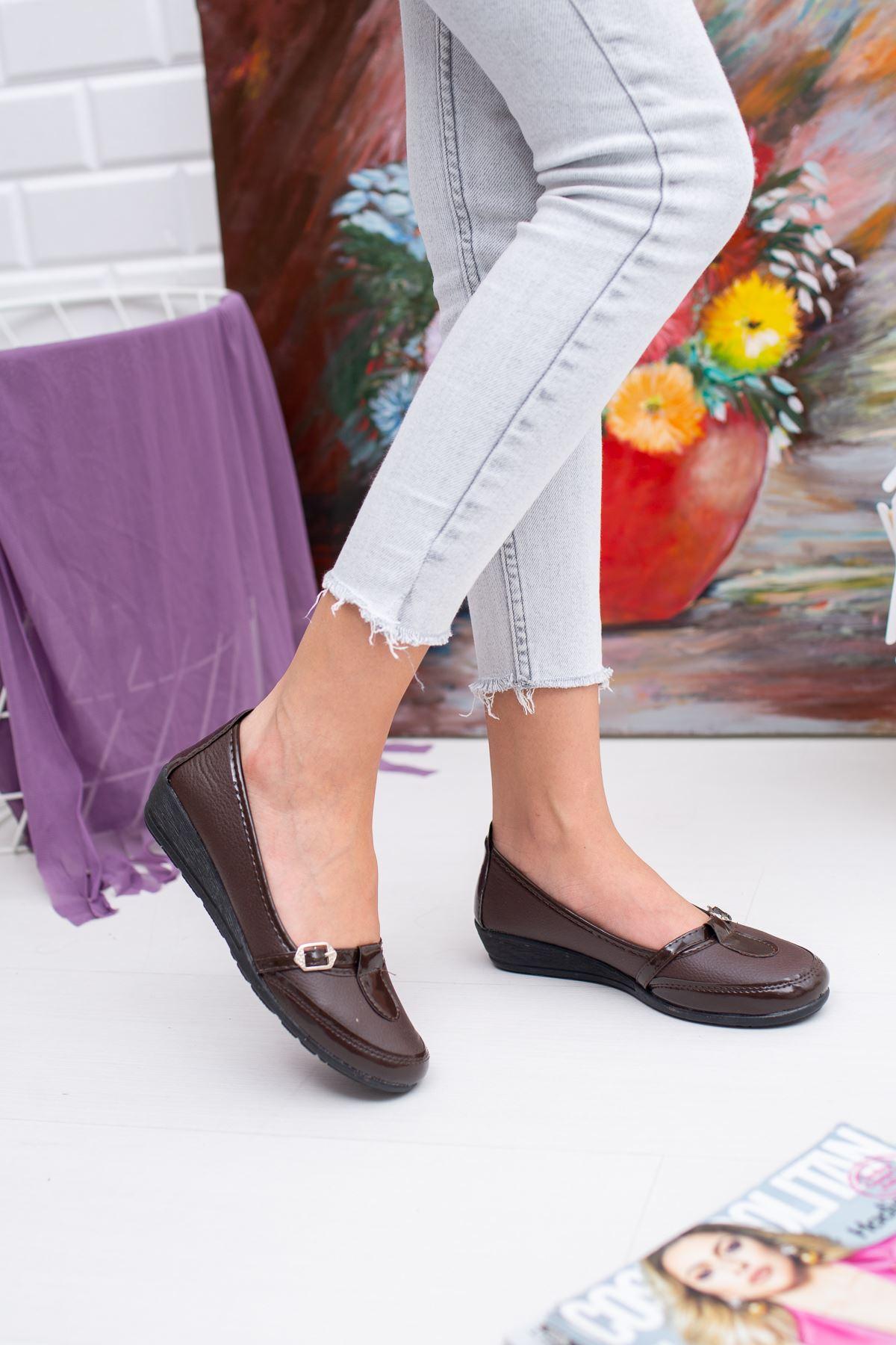 Kemerli Kahverengi Cilt Ayakkabı