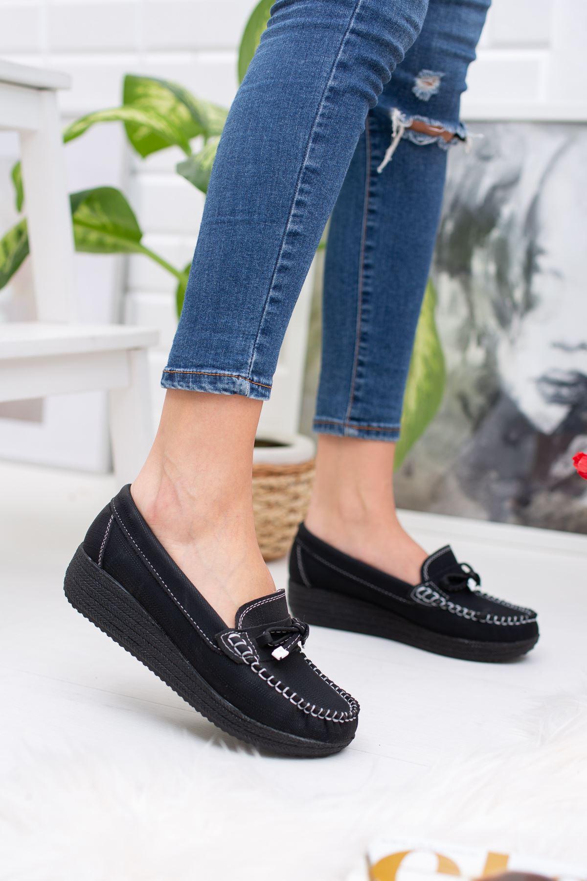 Dolgu Taban  Bıyıklı Ortapedik Pedli Siyah Ayakkabı