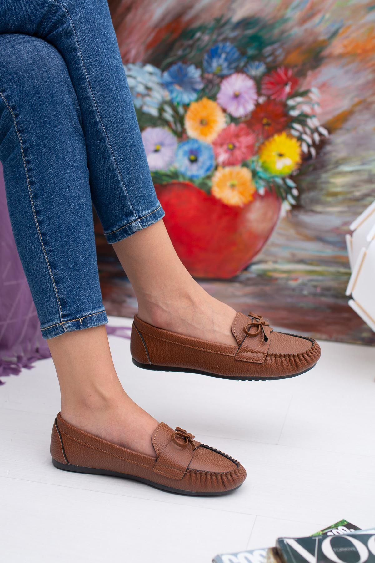 Bıyık Fiyonklu Babet Ayakkabı