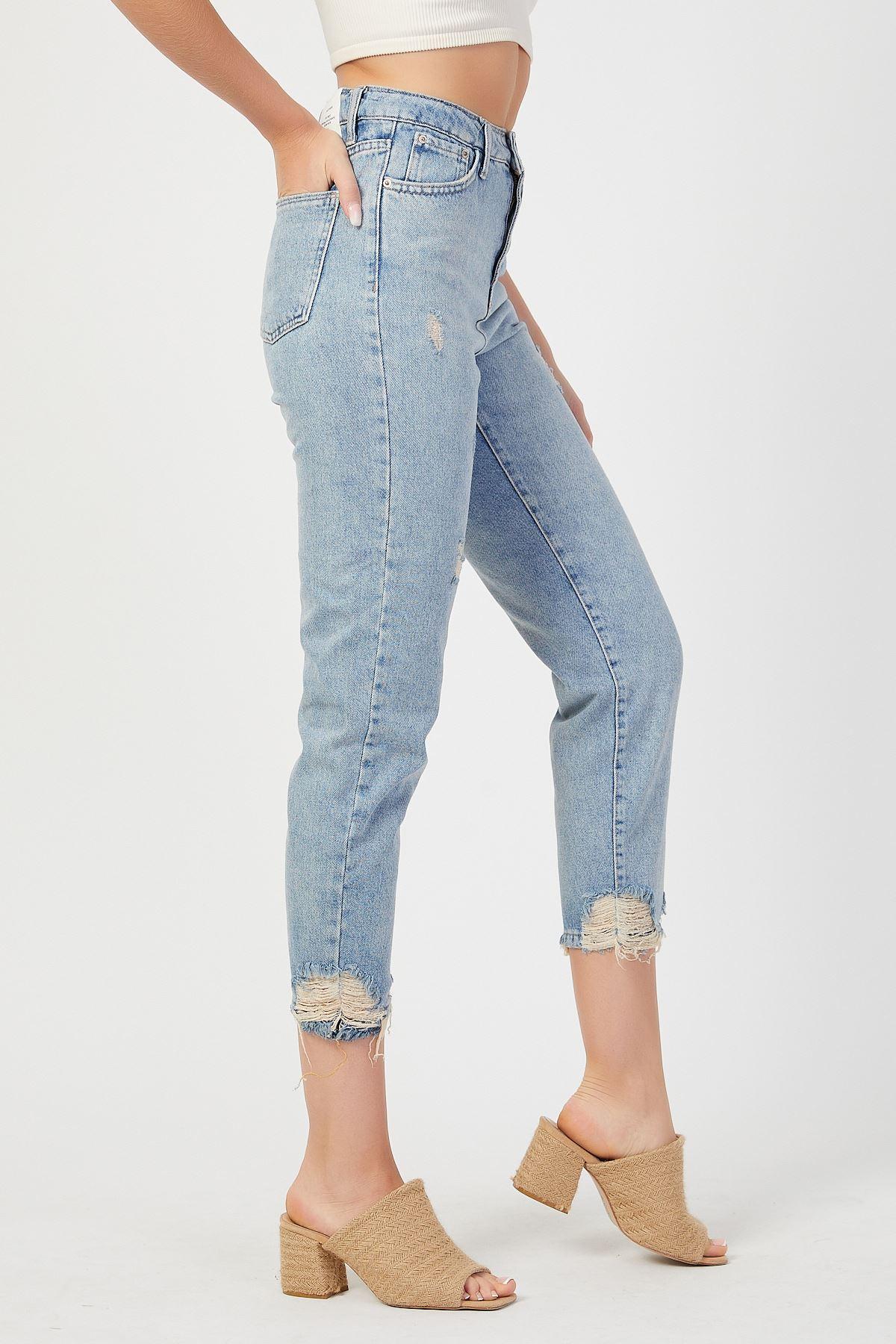 Paça Yıpratmalı Mom Jeans Kot Pantolon