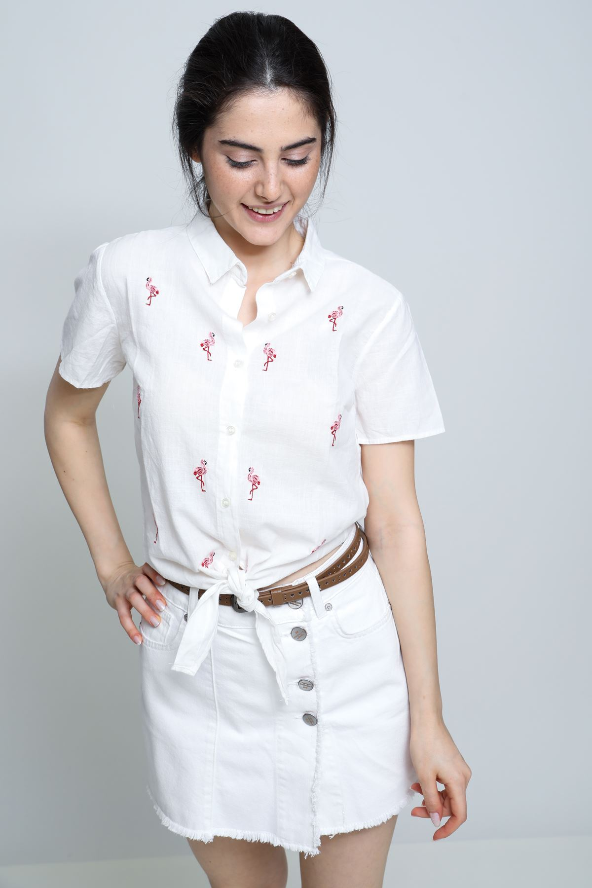 Flamingo Desenli Bağlamalı Gömlek