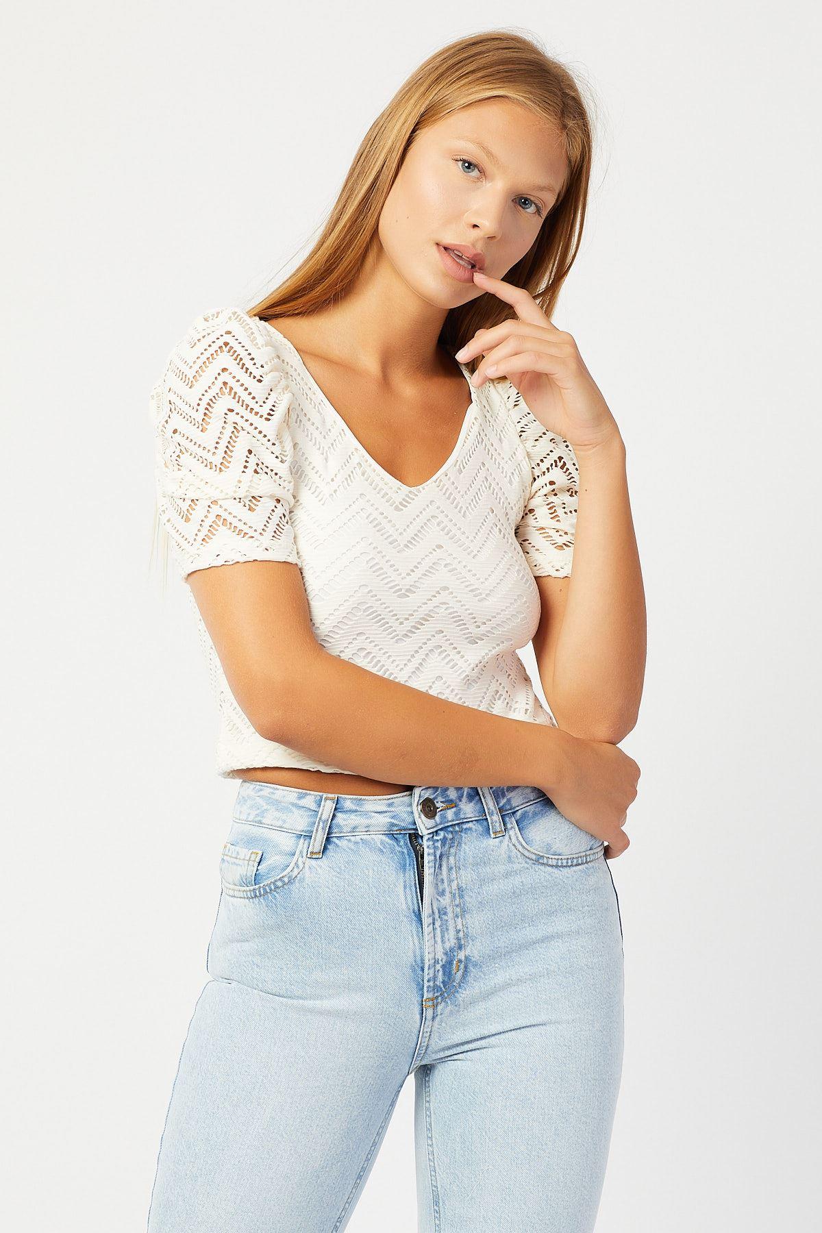V Yaka Beyaz Kadın Bluz