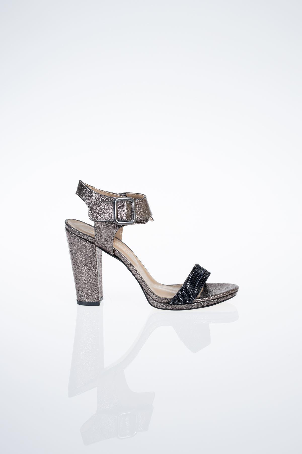 5 Lik Platform Taşlı Topuklu Sandalet