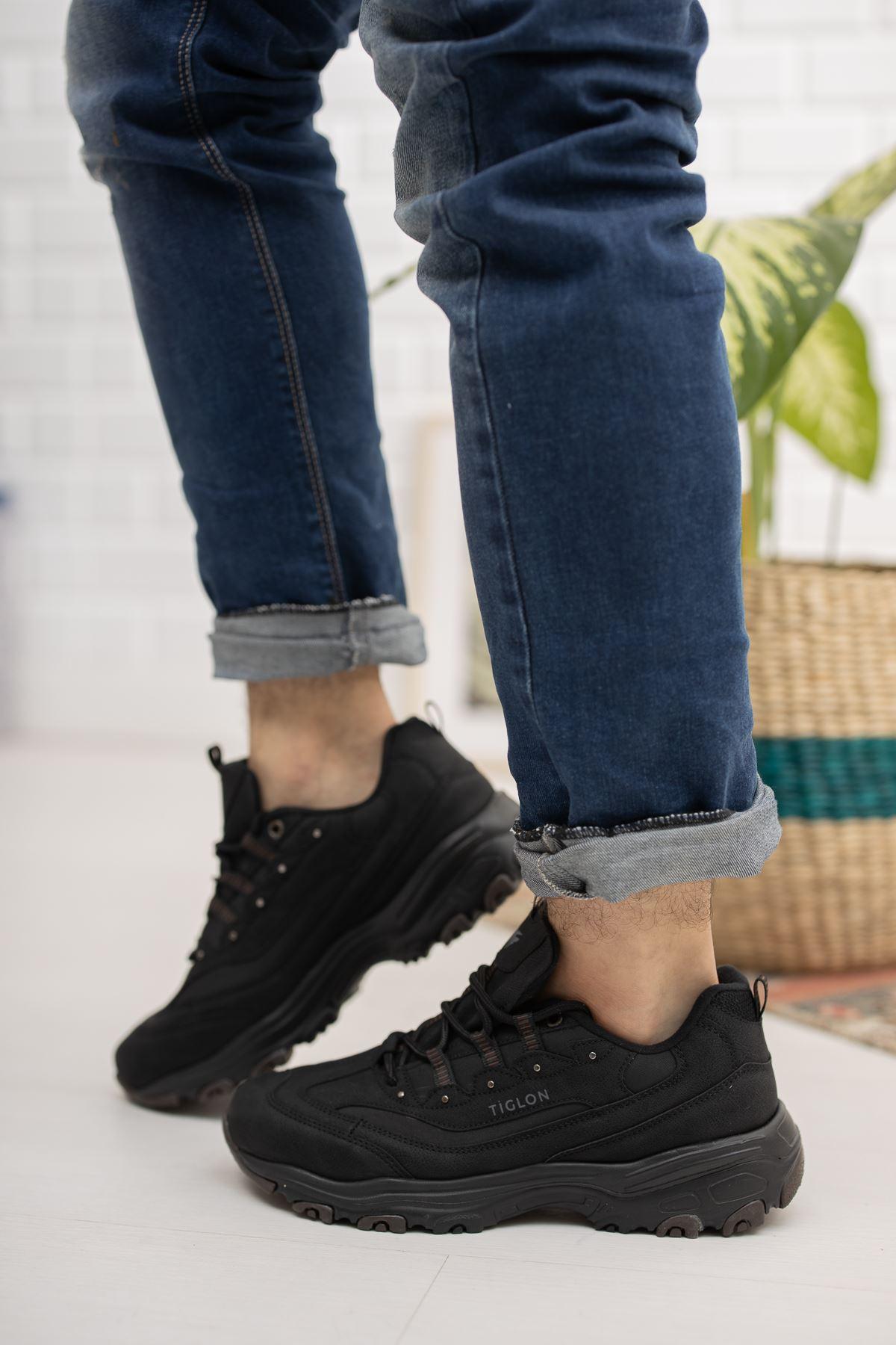 Kalın  Taban Bağcıklı Siyah Spor Ayakkabı