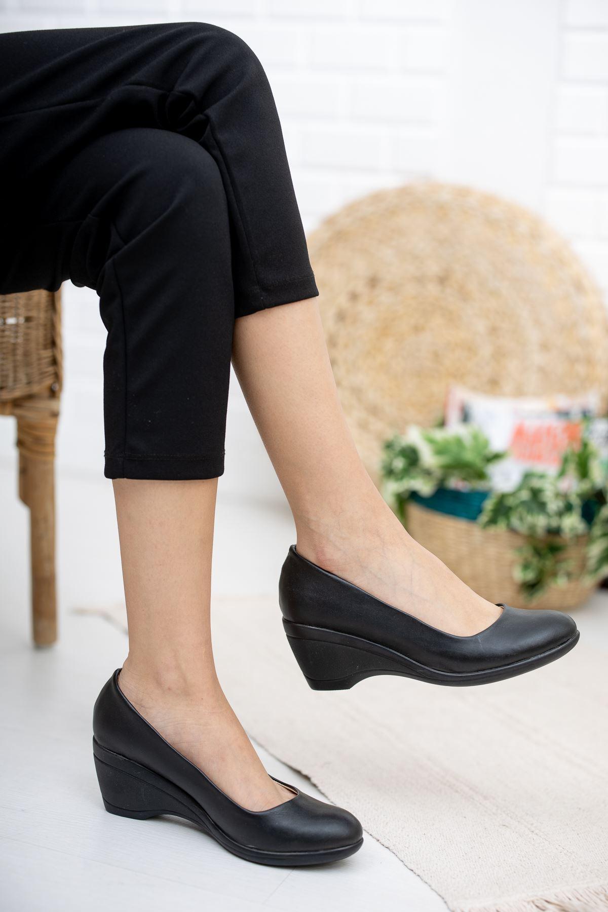 Dolgu Taban Dekolte Kadın Ayakkabı