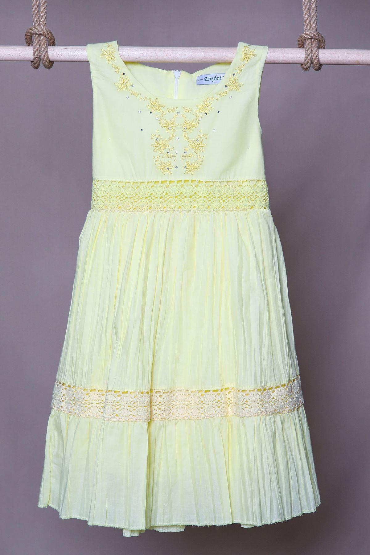 Nakış İşlemeli Sarı Çocuk Elbise