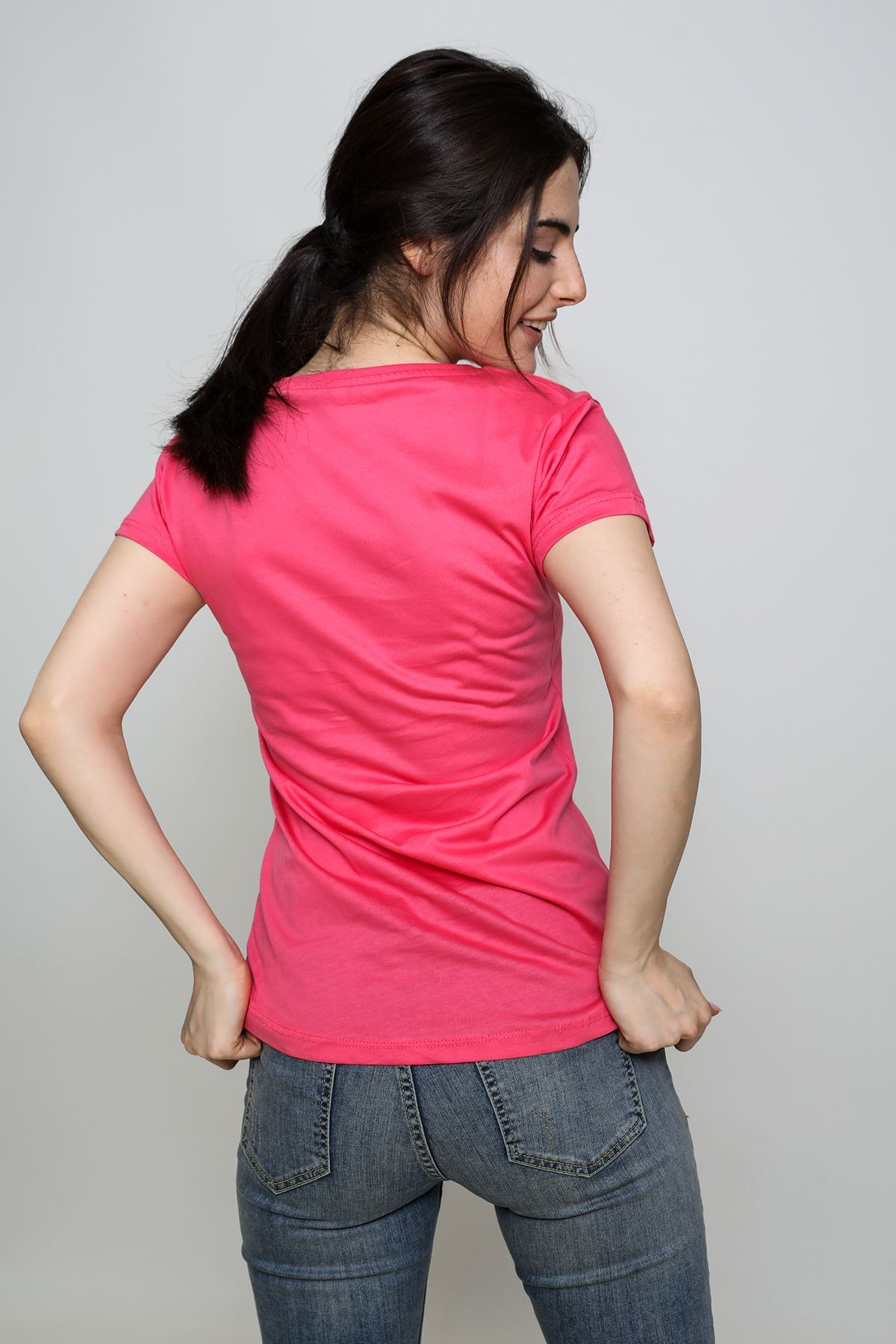 Famous Baskılı T-shirt