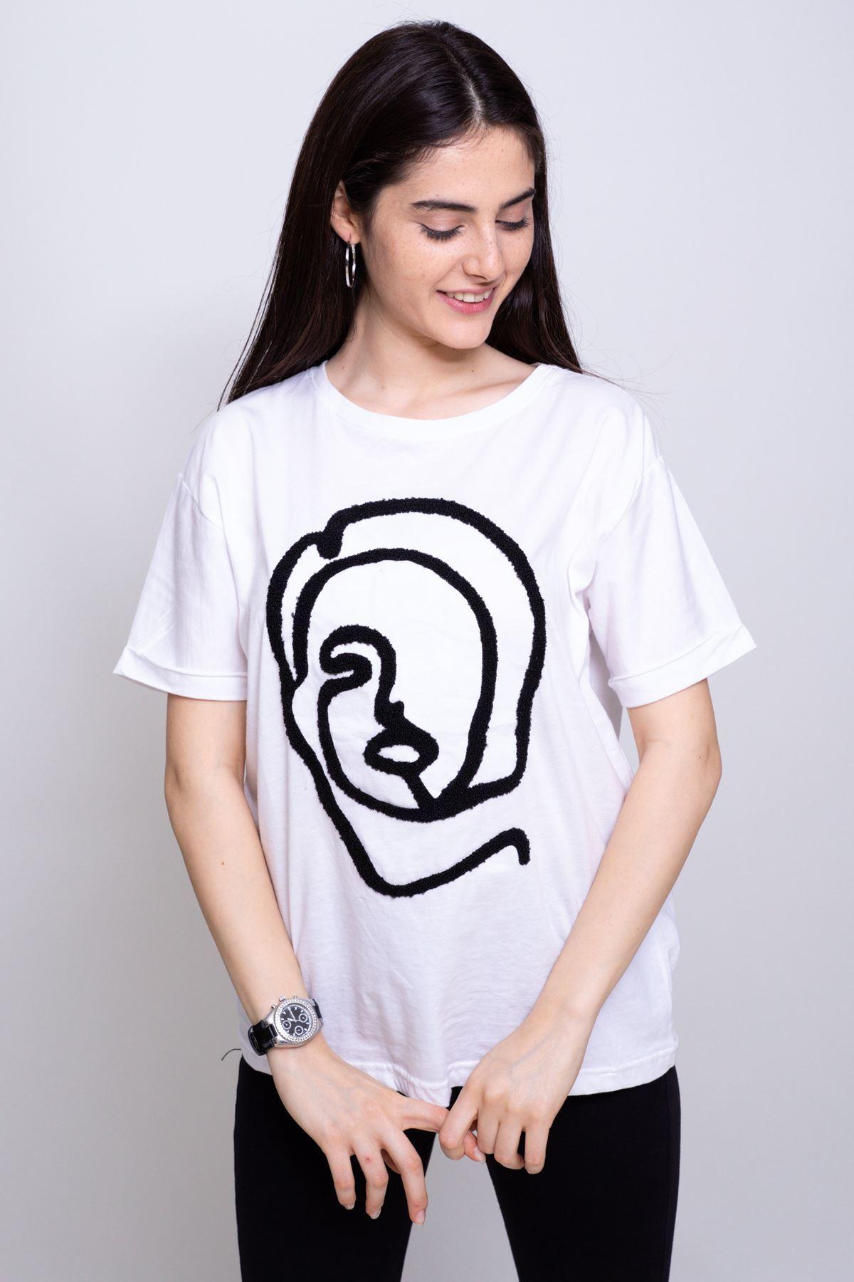 Kadın Yüz Nakışlı T-shirt