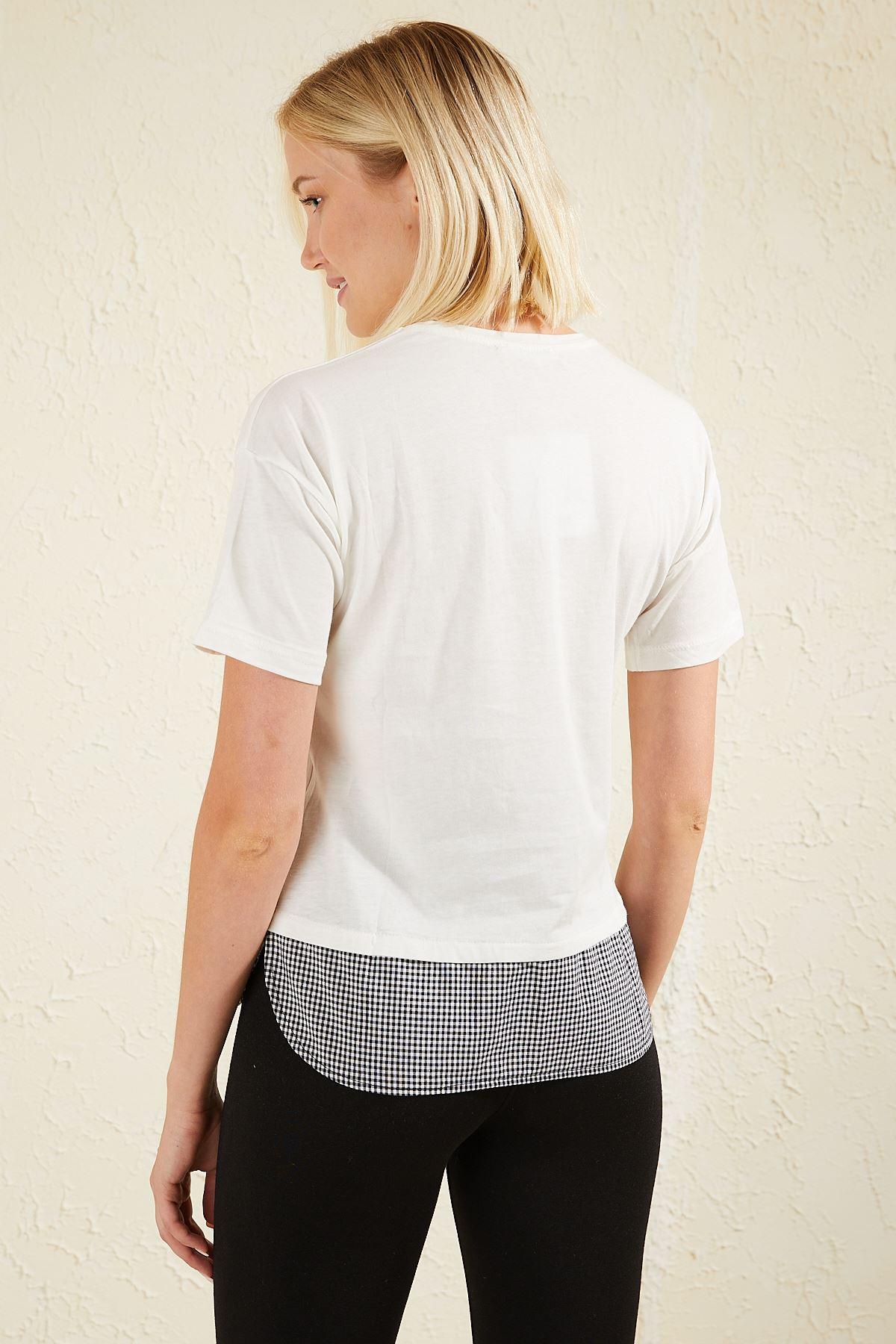 Dantel Detaylı Baskılı Kadın T-shirt