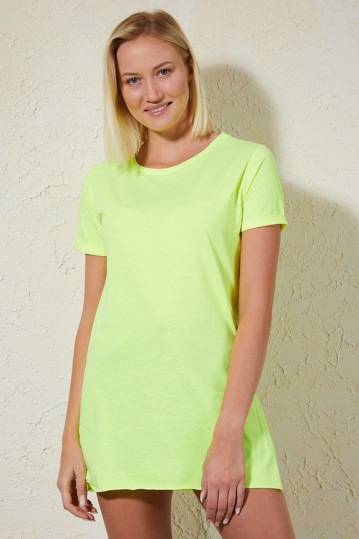 Yandan Yırtmaçlı Sarı Kadın T-shirt