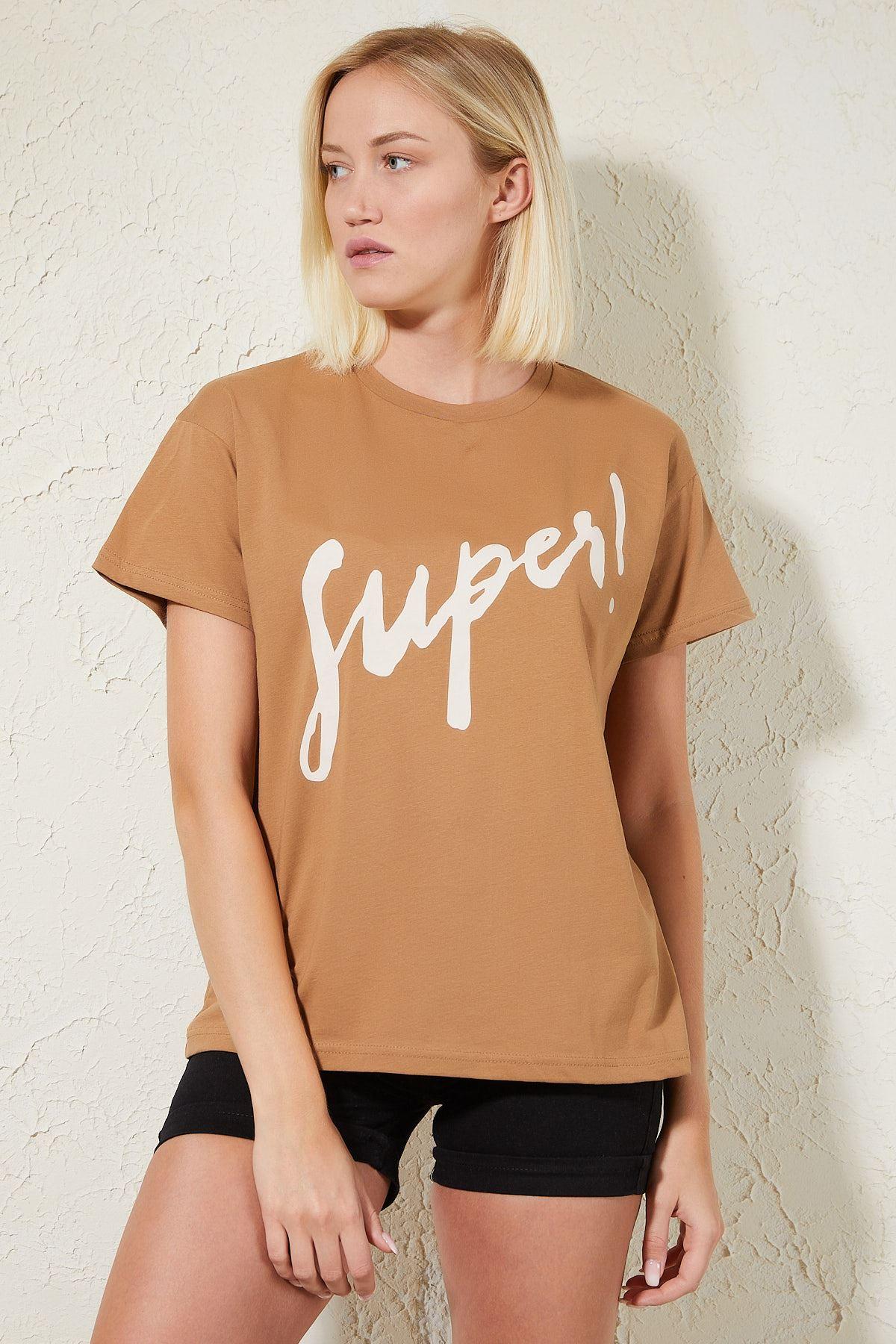 Super Baskılı Kahverengi Kadın T-shirt