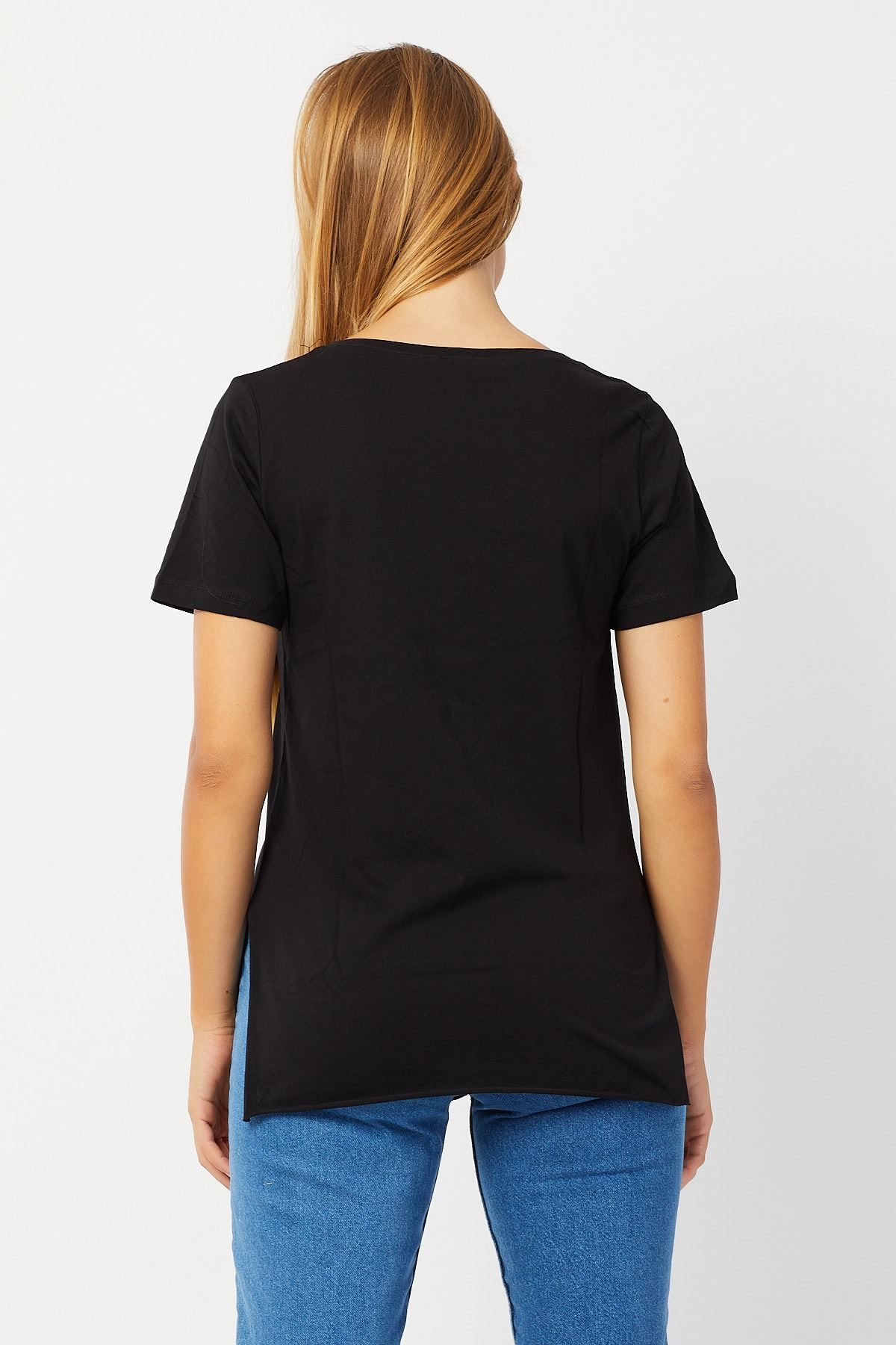 Yanları Yırtmaçlı T-shirt
