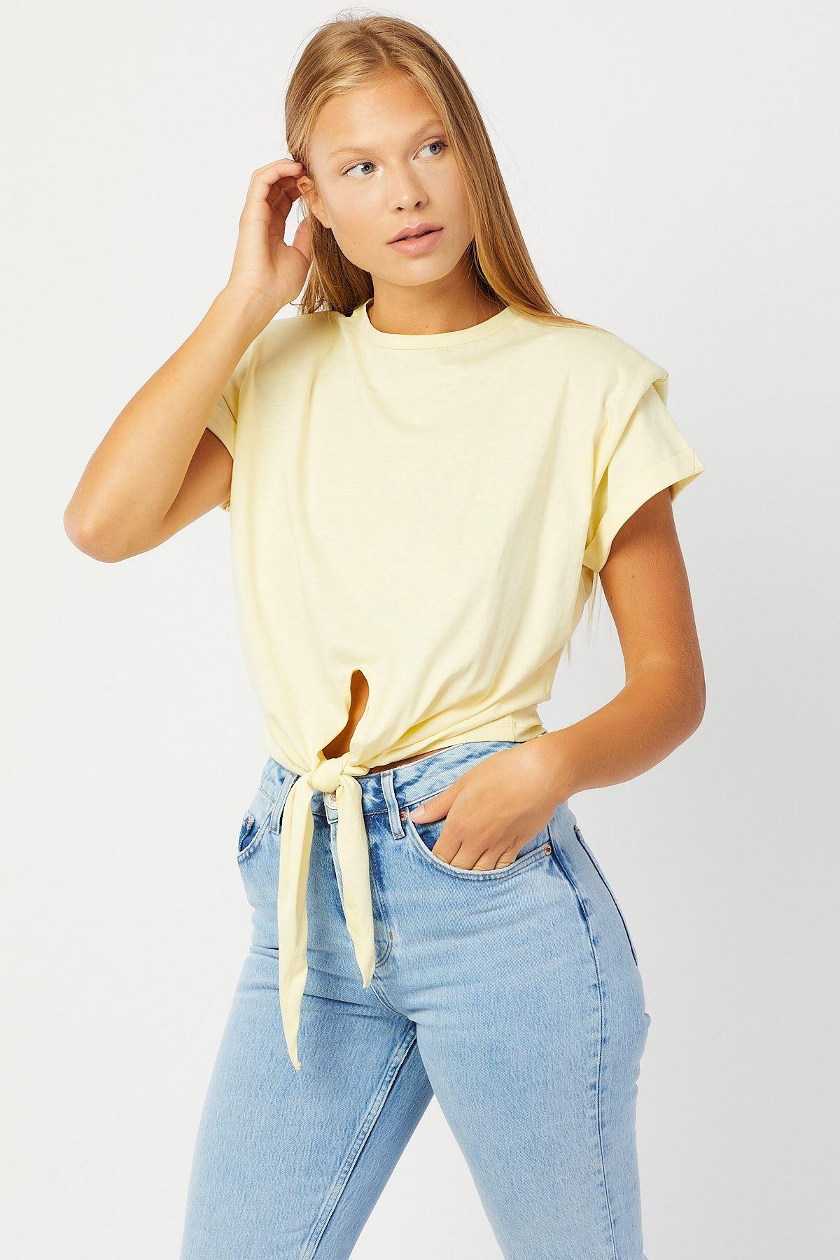 Önden Bağlamalı Omuzu Vatkalı T-shirt